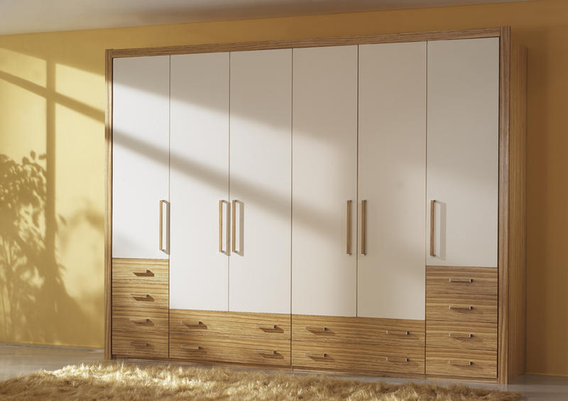 begehbare schr nke m bel rantschl. Black Bedroom Furniture Sets. Home Design Ideas